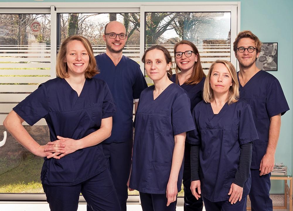 Dr Arnaud Paturel, Implantologie & Soins dentaires esthétiques à La Trinité sur Mer (56470)